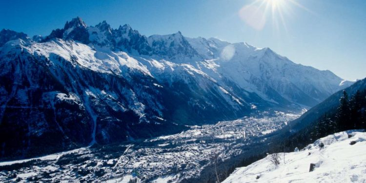 https---ns.clubmed.com-icp-1-MEDIA-01.VILLAGES-1.3MONTAGNE-CHAMONIX-MONT-BLANC-18-17-16-15-14-13-12-11-10-9-8-7-6-5-4-3-2-1-PHOTOS-CHACX900005